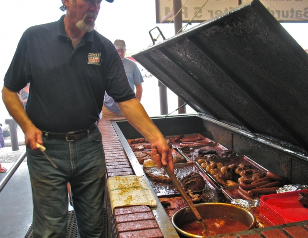 Thank you, lord, for Texas: Cooper's Old Time Pit Barbecue